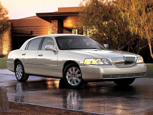 2006 Lincoln Town Car Designer Series Greenville South Carolina